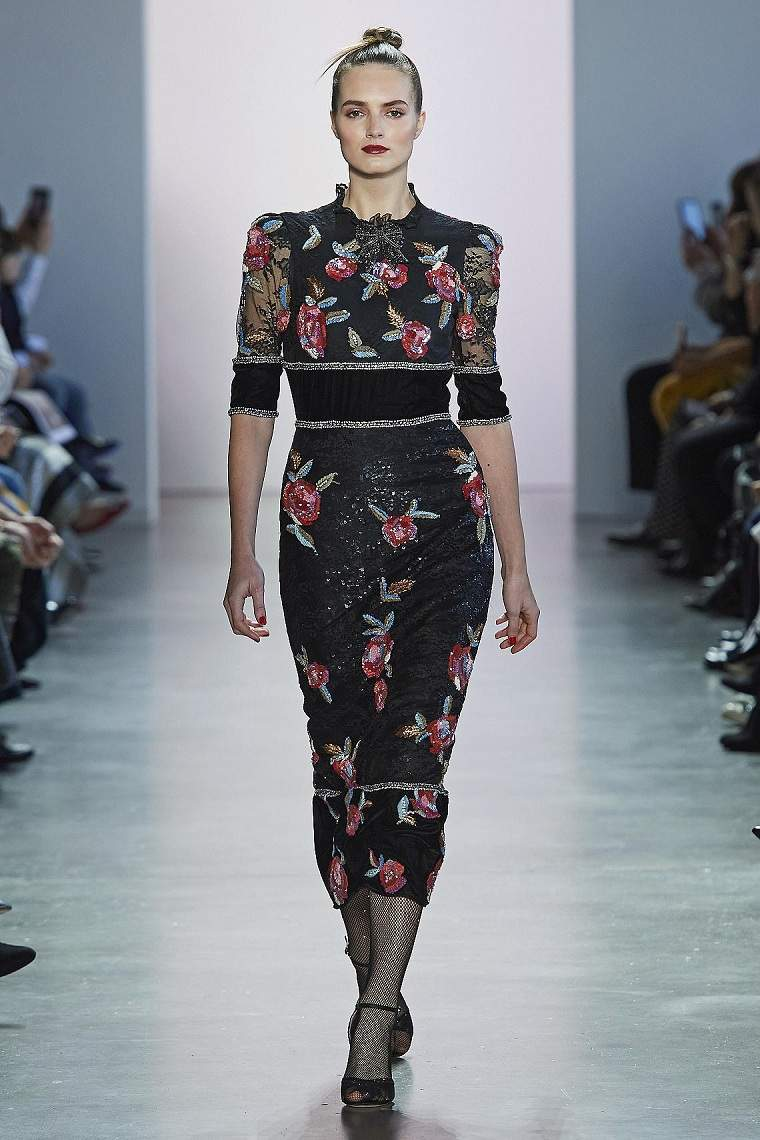motivos-florales-vestido-Badgley-Mischka-2020-ideas