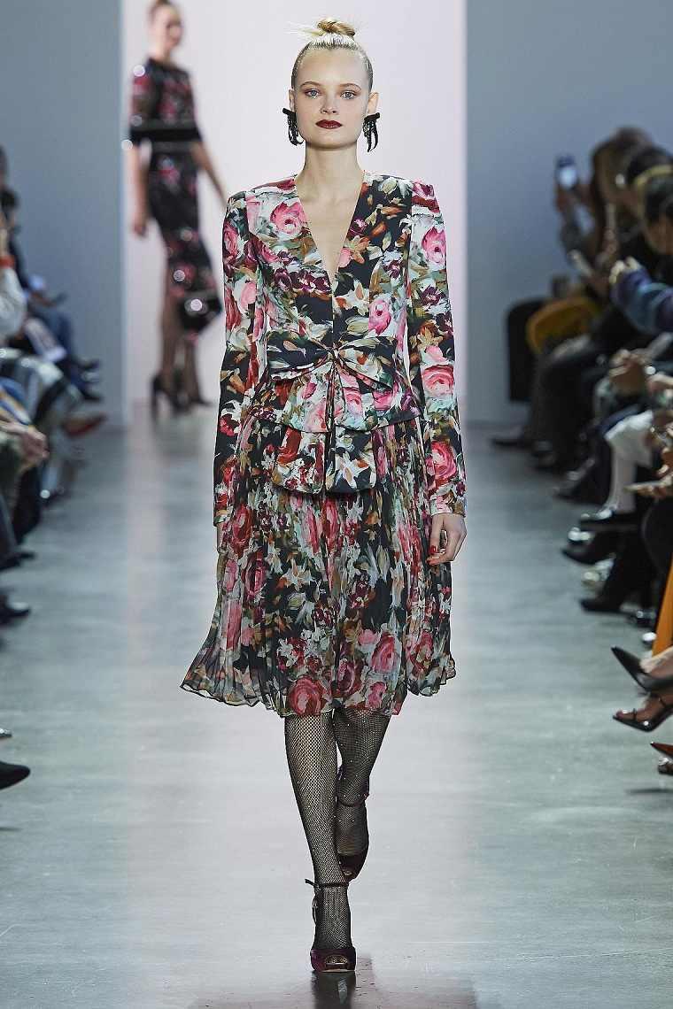 motivos-florales-vestido-Badgley-Mischka-2020