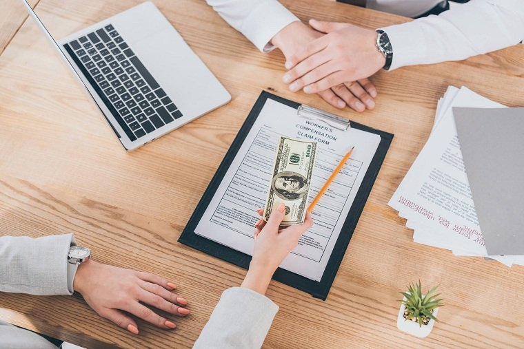 Préstamos y créditos-dienro-deuda