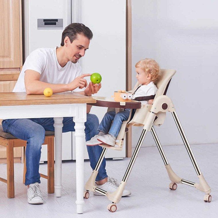 sillas-de-comer-para-bebe-opciones-dar-comer