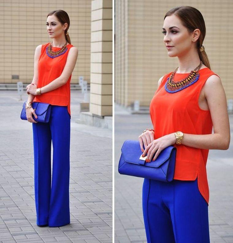 tonos naranja con azul