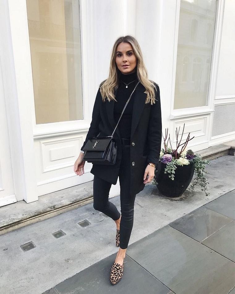 accesorios-ropa-negra-zapatos-estampado