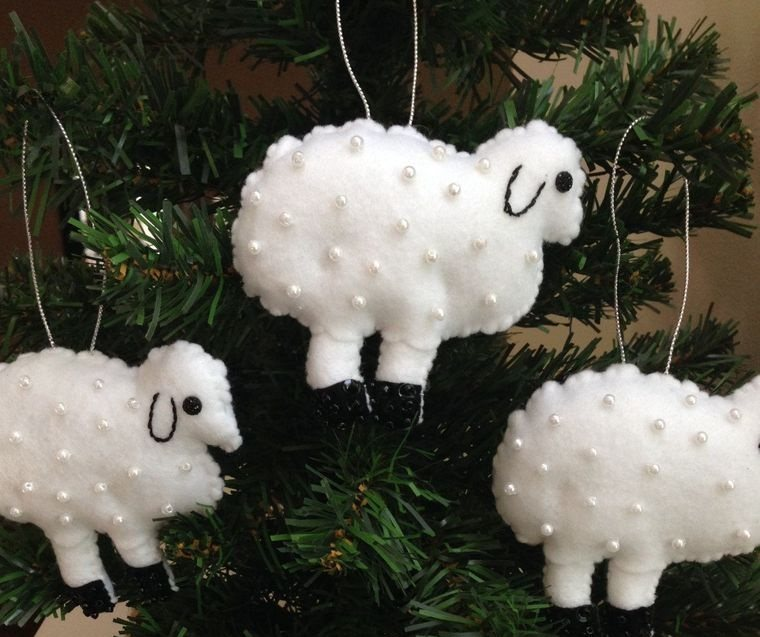 adornos navideños originales ovejas fieltro