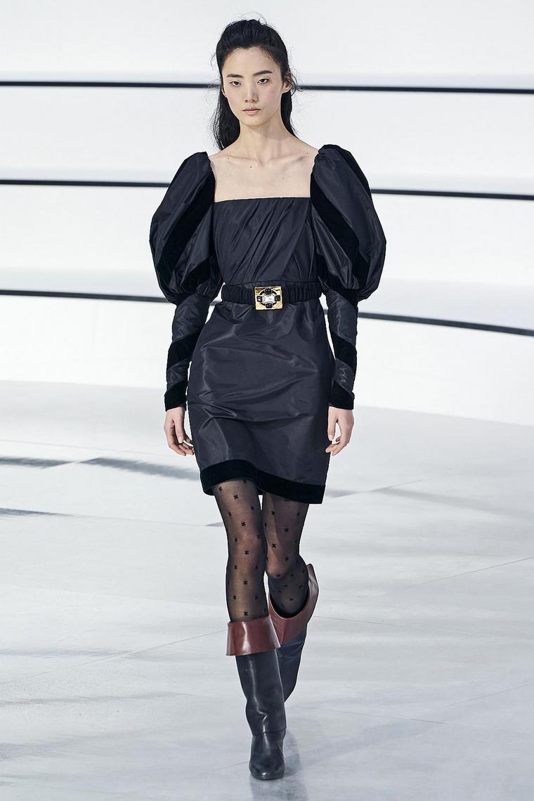 chanel-vestido-negro-corto
