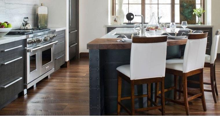 cocinas modernas con asientos fuertes