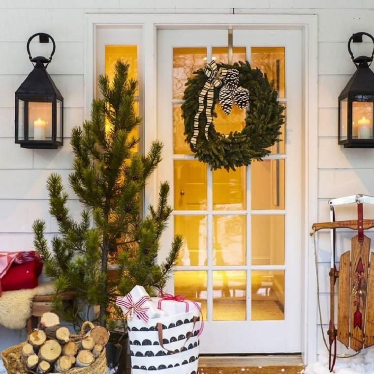 decoraciones-navidenas-para-puertas-adirnos-tradicionales