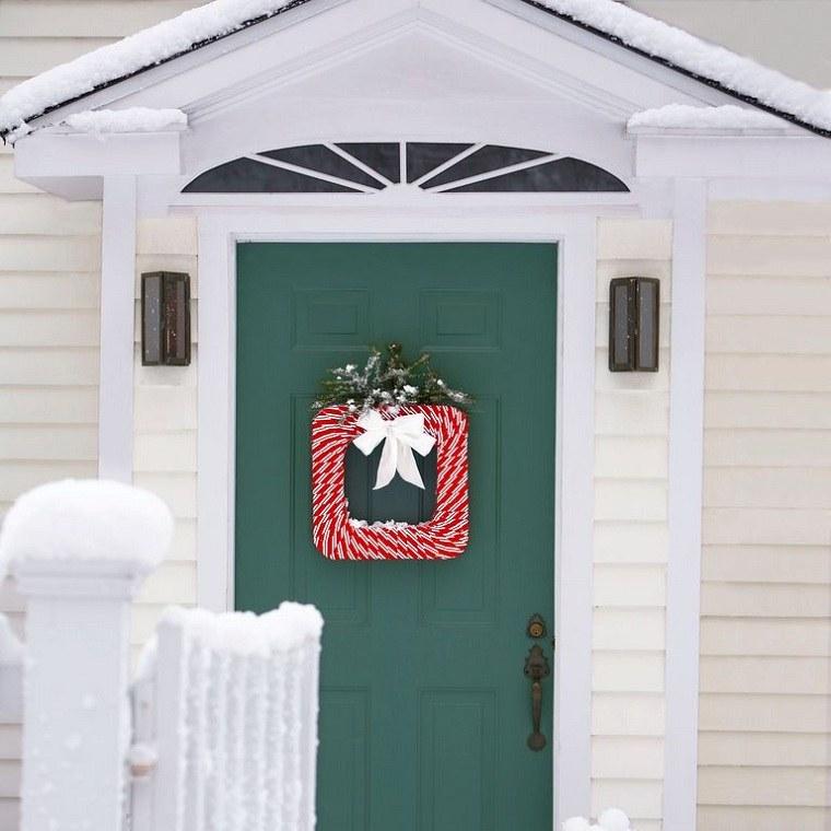 decoraciones-navidenas-para-puertas-cuadradas