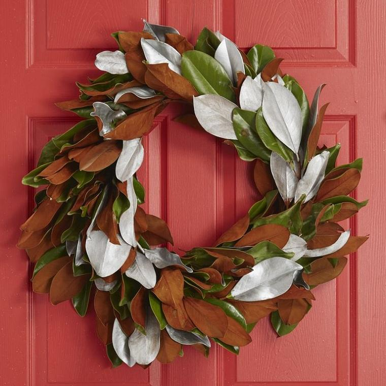 decoraciones-navidenas-para-puertas-hojas-magnolia