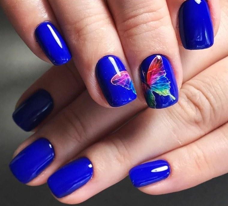 diseño de uñas azul 2021