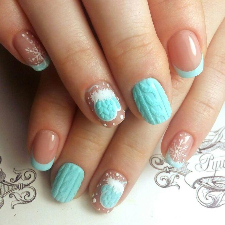 diseño de uñas color aguamarina