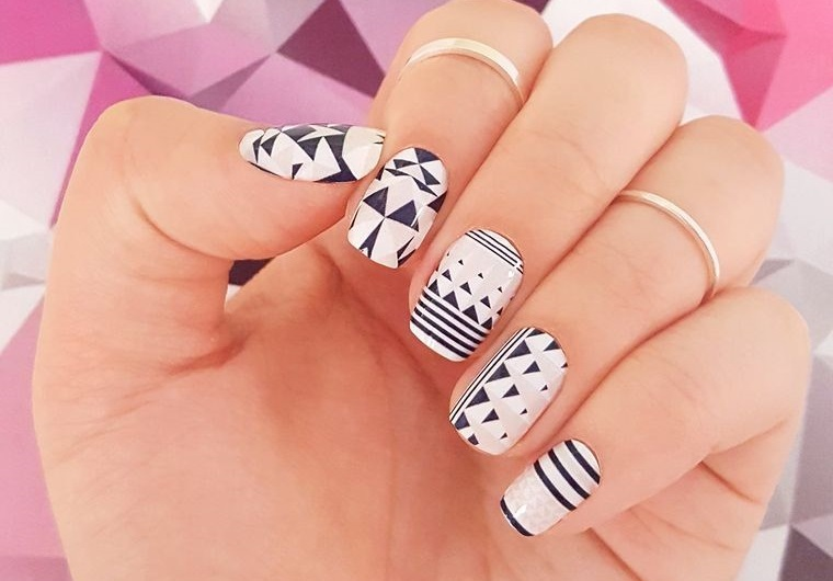 diseño de uñas geométricas 2021