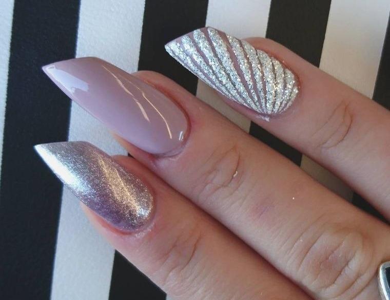 diseño de uñas lapiz labial 2021