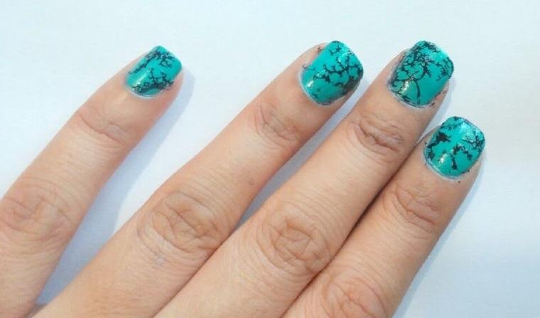 diseño de uñas piedra turquesa 2021