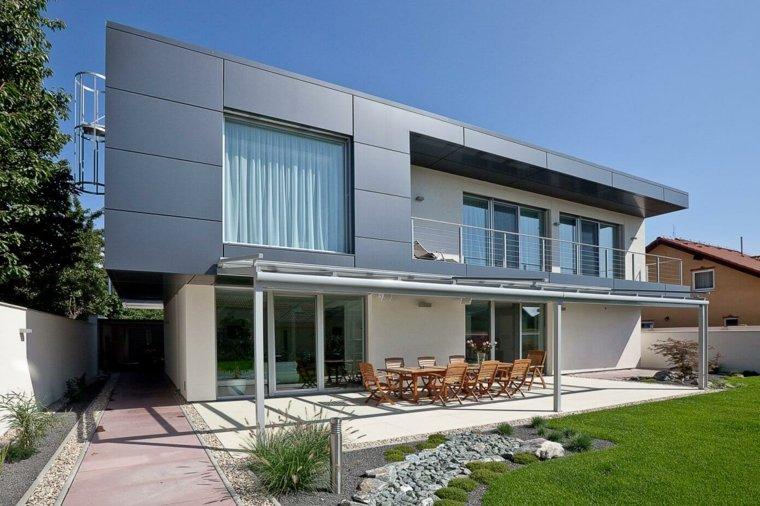 diseno-de-jardines-modernos-2021-Architekti-Mikulaj-Mikulajova