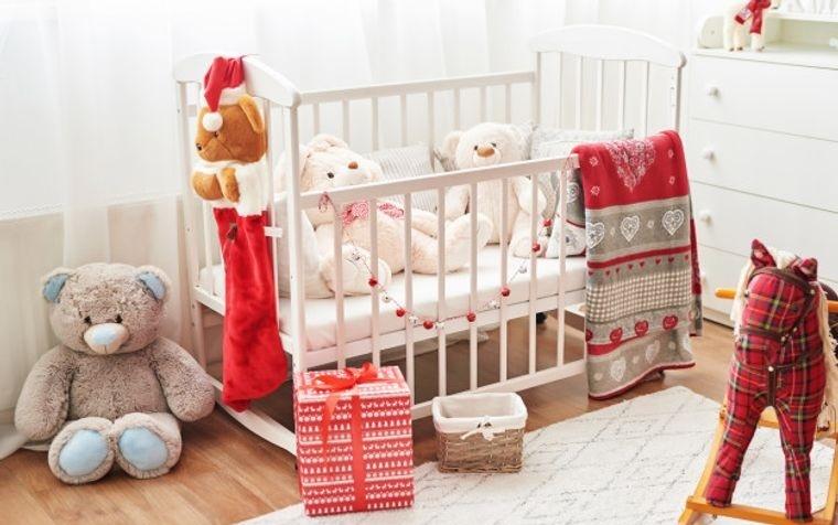 dormitorios infantiles con detalles navideños