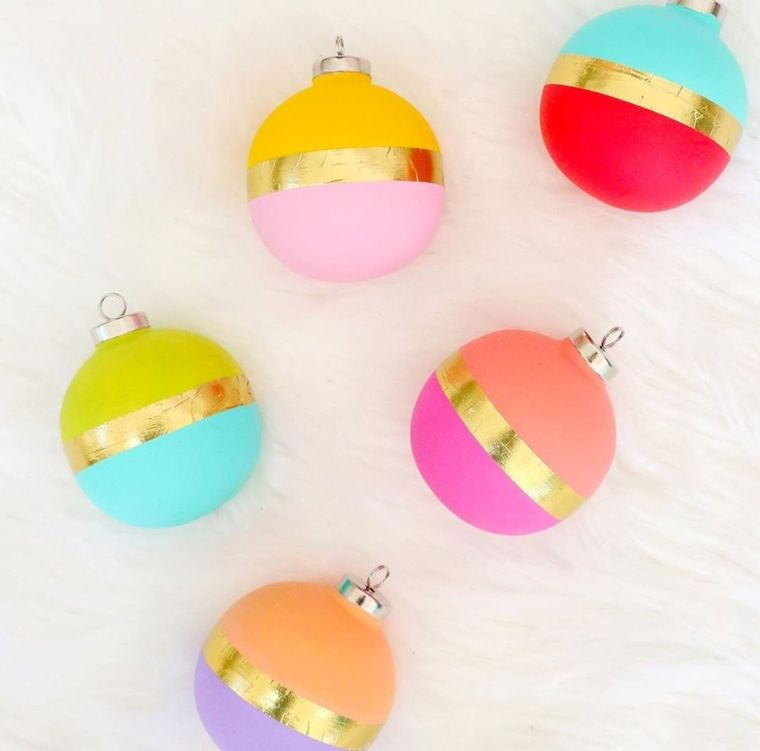 manualidades fáciles bolas navideñas