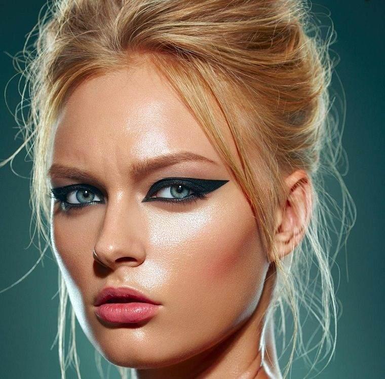 tipos de maquillaje delineado llamativo