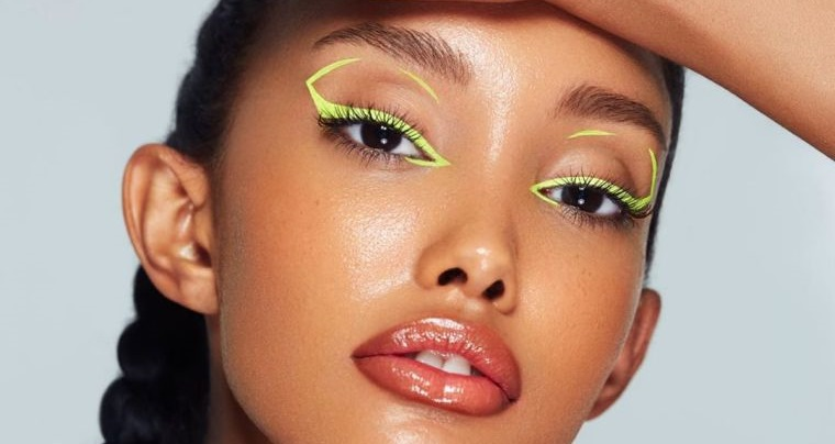 tipos de maquillaje lineas graficas neon