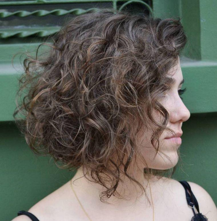 tipos de peinados mujer cabello rizado