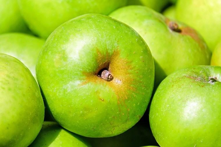 alimentos-color-verde-beneficios-manzanas