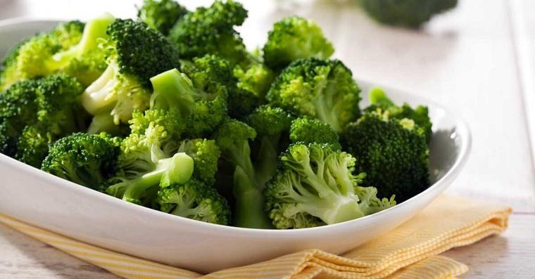 brocoli-alimentos-color-verde-beneficios