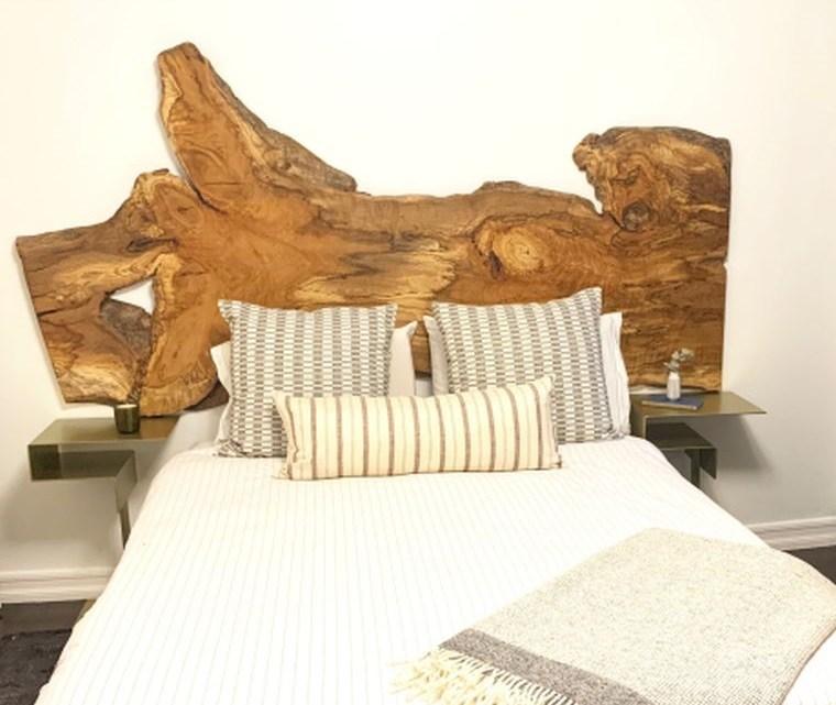 cabeceros con madera recuperada