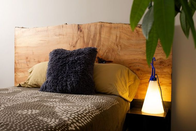 cabeceros de madera cama acogedora