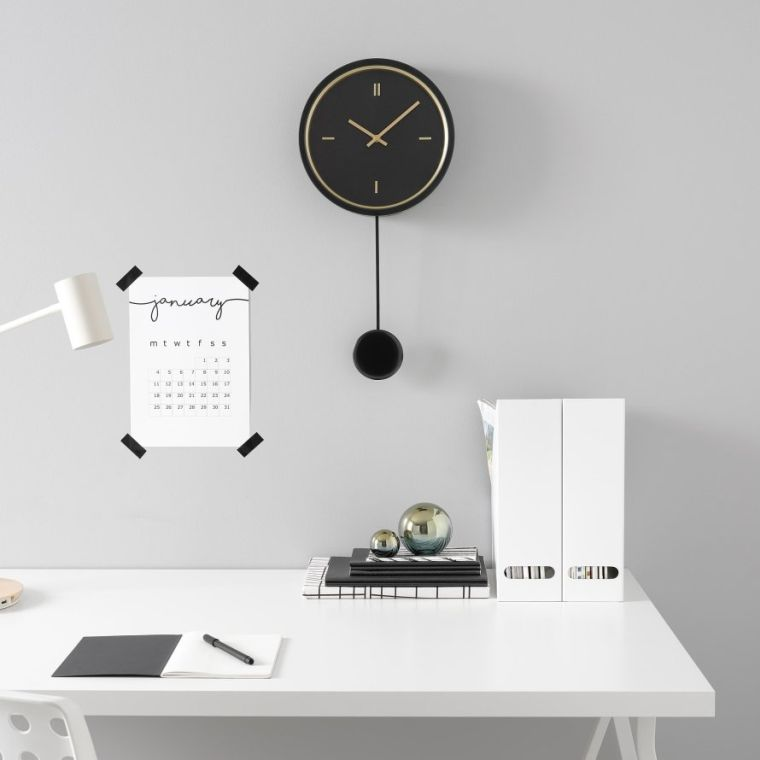 catalogo-ikea-2021-decorar-pared-reloj