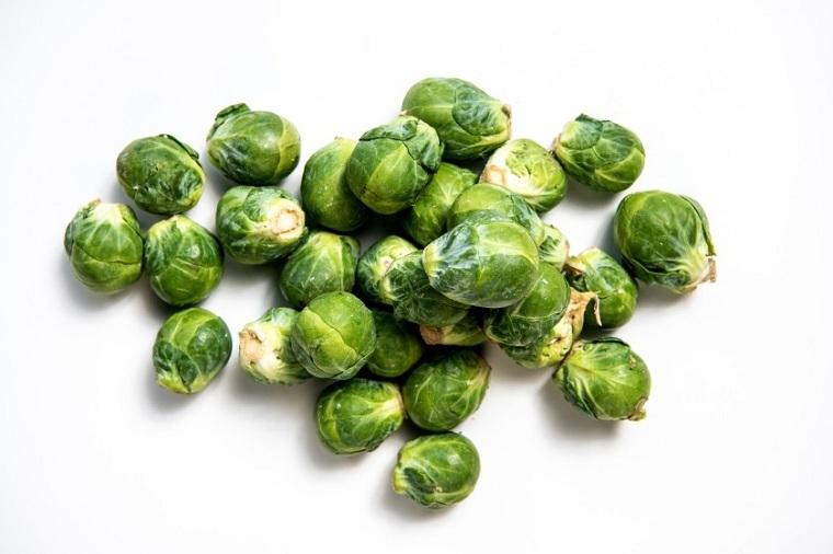 coles-bruselas-alimentos-color-verde