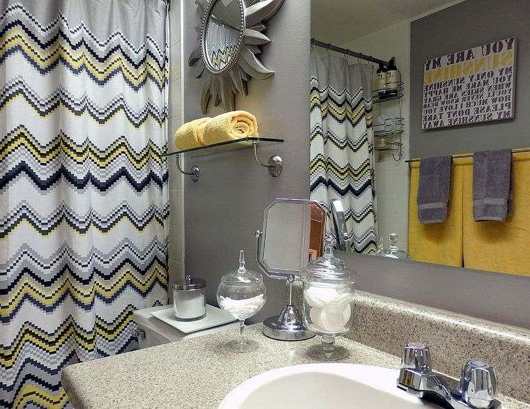 colores amarillo gris baño