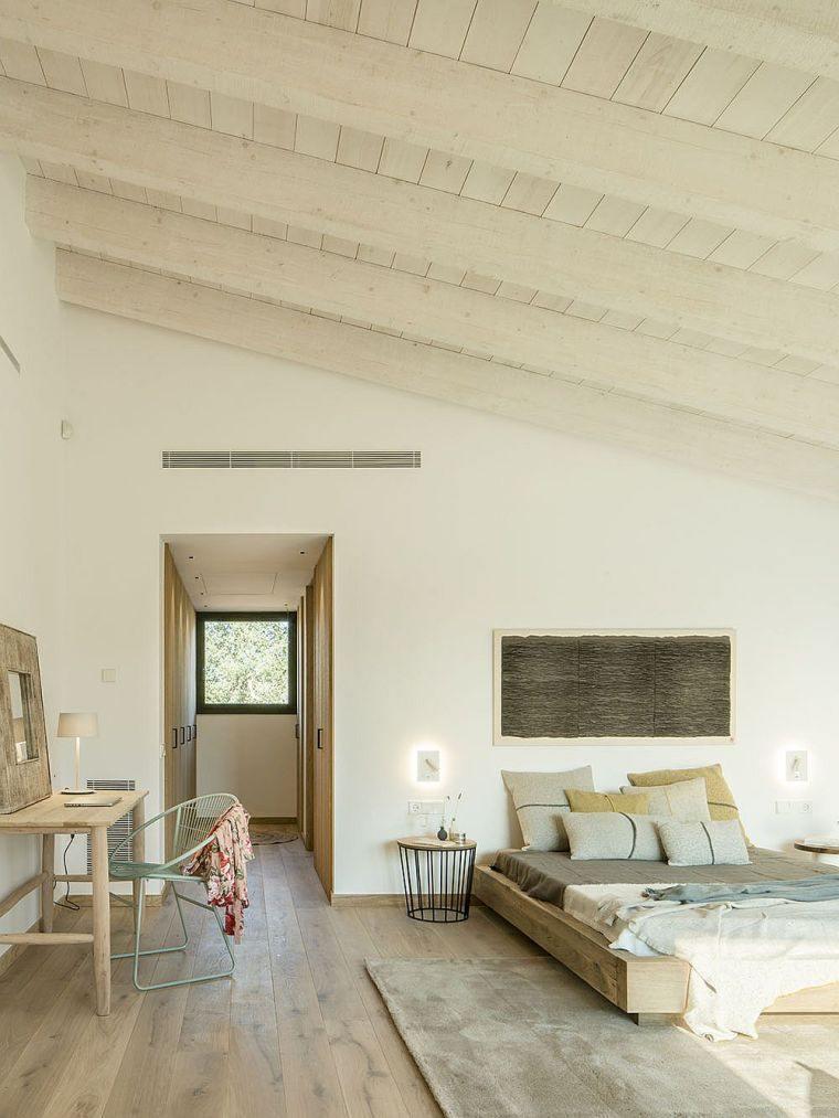 decoración blanco y madera dormitorio
