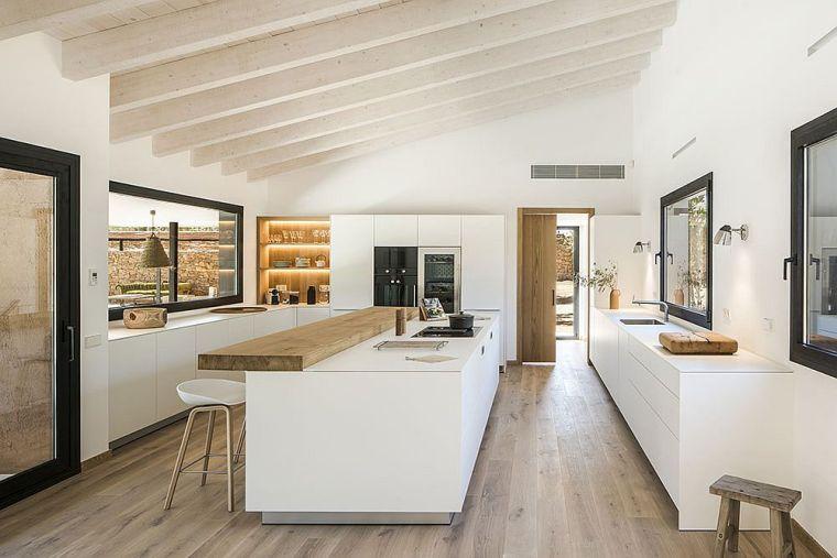 decoración blanco y madera en cocina