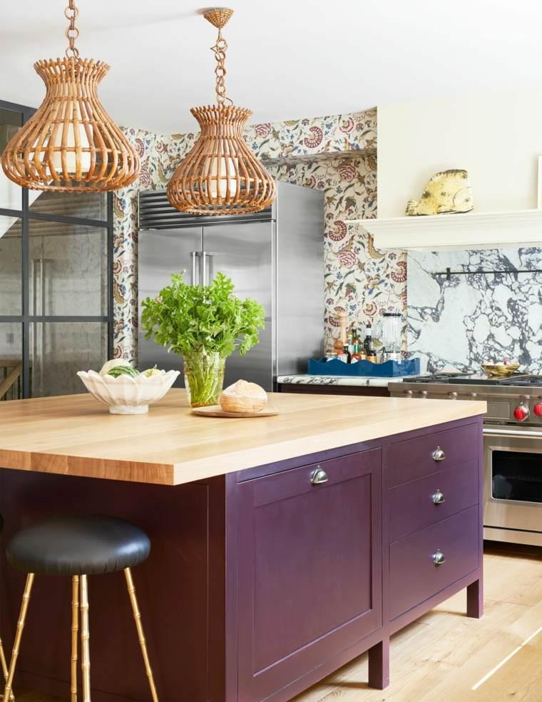 islas-de-cocina-modernas-color-purpura