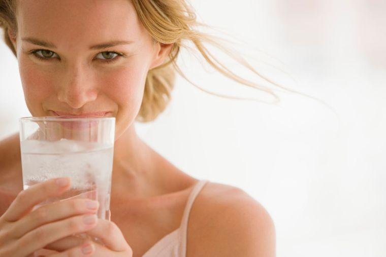 metabolismo rápido beber agua