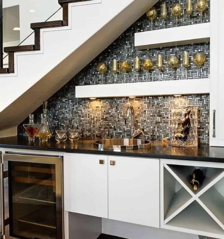optimizar espacio pequeño bar interior