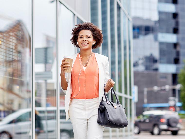 Caminar para perder peso – ¿Cuánto tiempo debemos emplear en una caminata diaria?