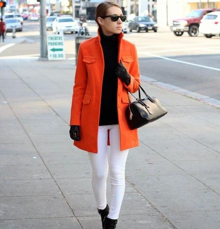 color naranja abrigo