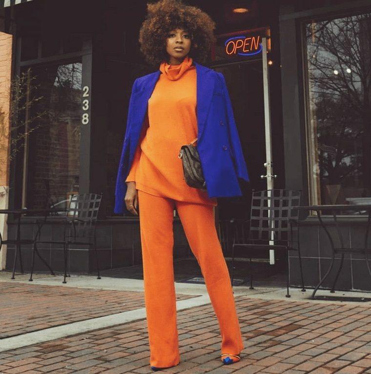 color naranja en combinacion con azul