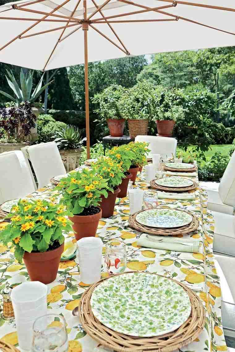 decoracion-mesa-macetas-flores