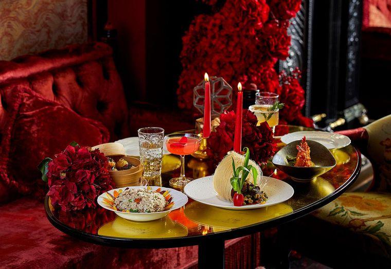 decoración romántica cena en casa