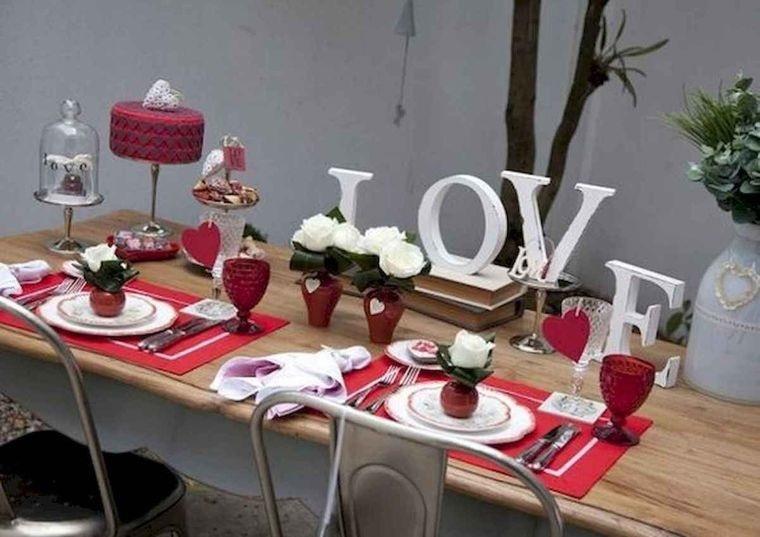 decoración romántica rosas blancas