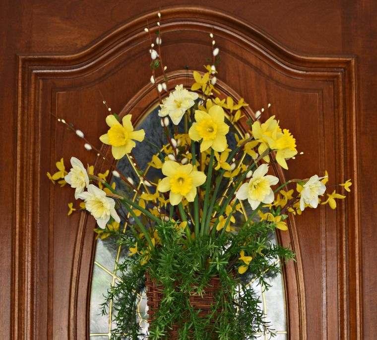 ideas para decorar puertas en primavera