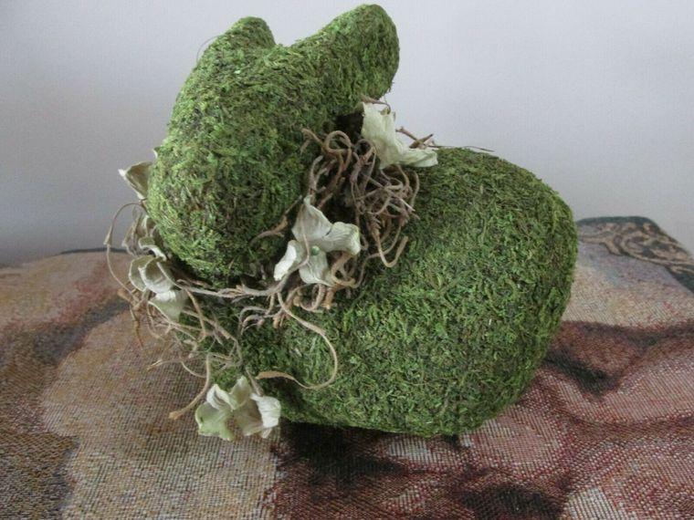 musgo para decorar conejo bricolaje