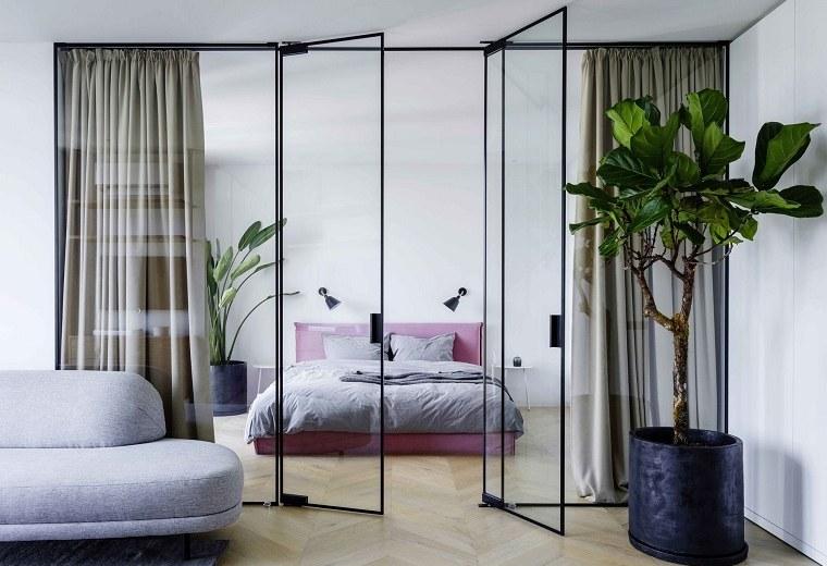 pared-cristal-dormitorio-pequeno