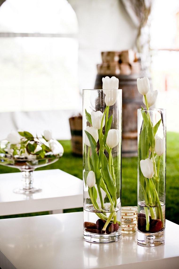 primavera 2021-bellas-flores-tulipanes-blancos