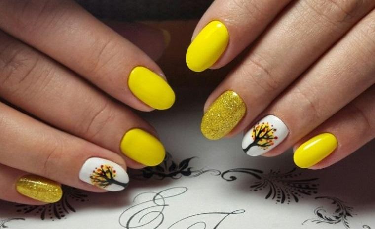 uñas decoradas color amarillo primavera