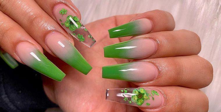 uñas decoradas verde