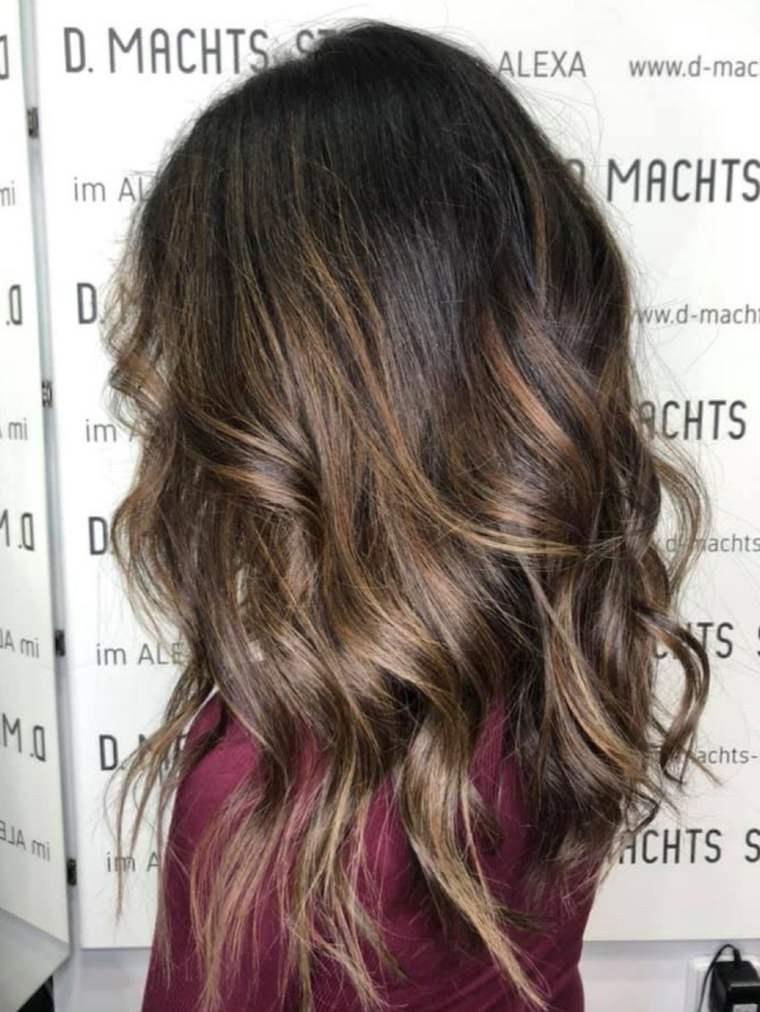 Colores-de-cabello-natural-mechas-estilo