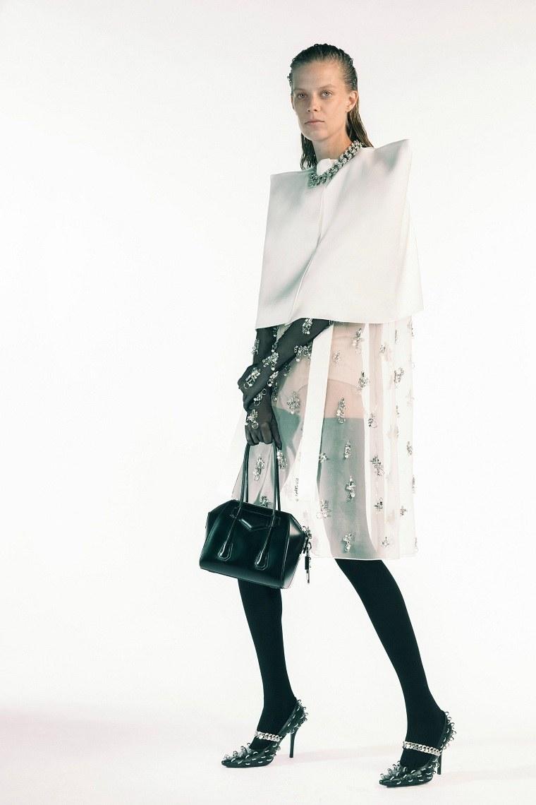 Cuales son las principales-tendencias-Givenchy-primavera-2021