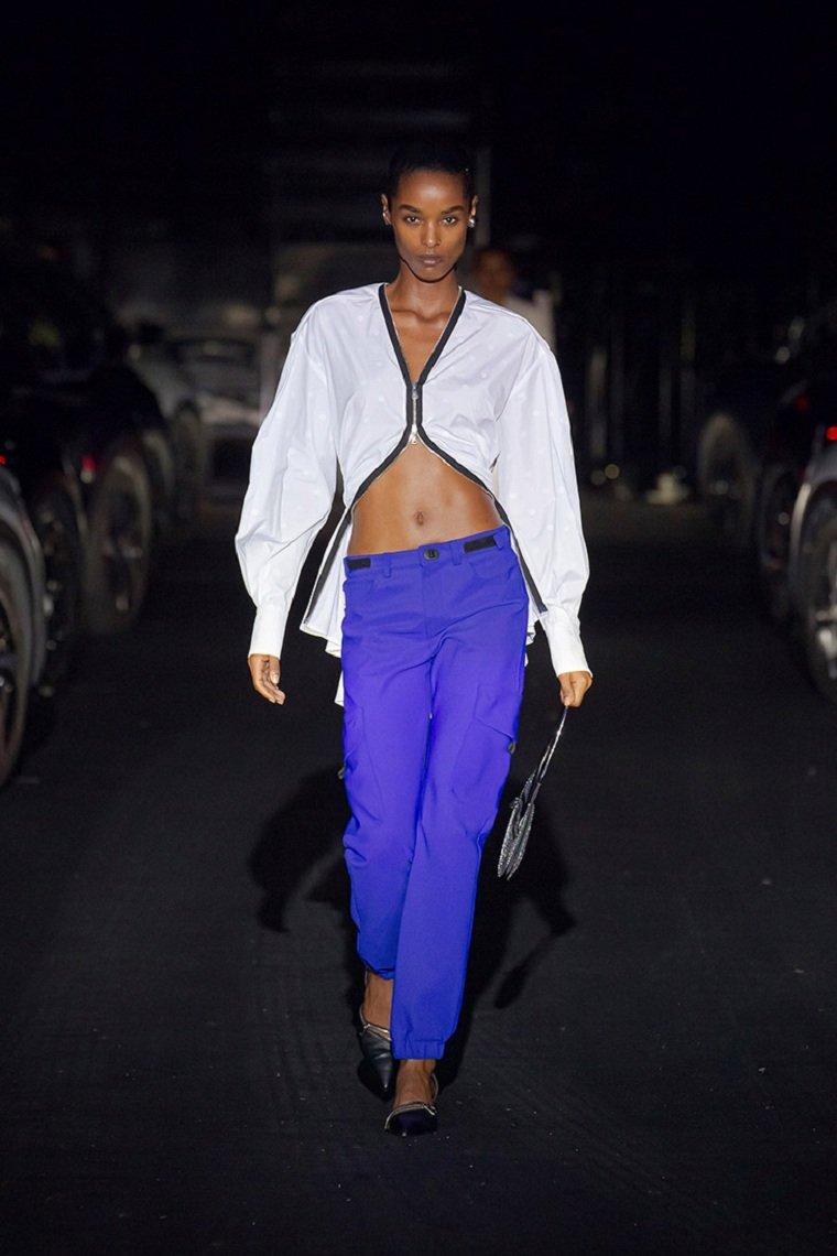Cuales-son-las-principales-tendencias-pantalon-coperni